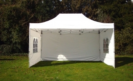 Pop-up-gazebo